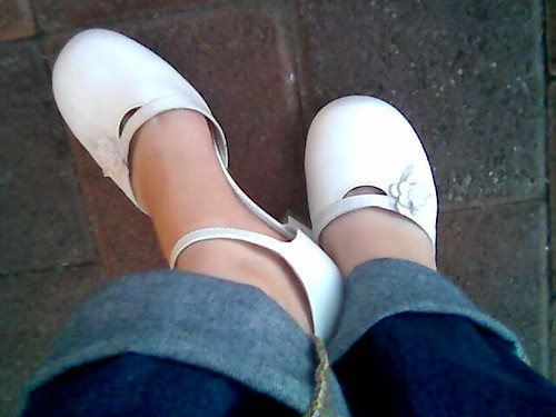 White Leather Flower Shoes | by Arthaey