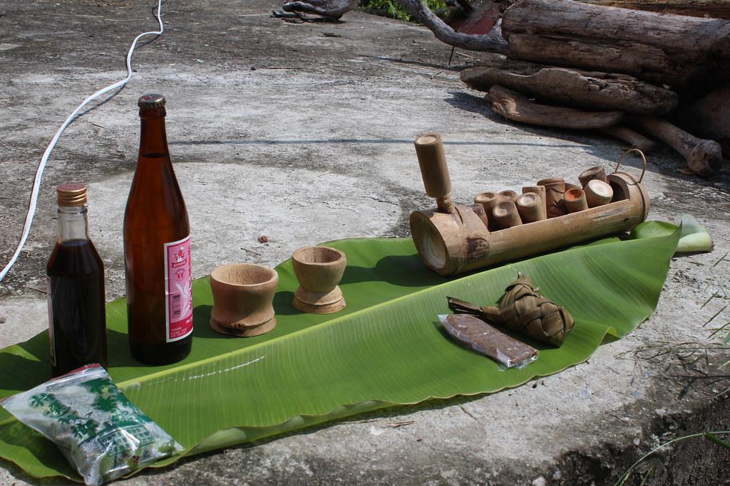 收割前結合祖靈信仰的祭祀儀式。攝影:廖靜蕙