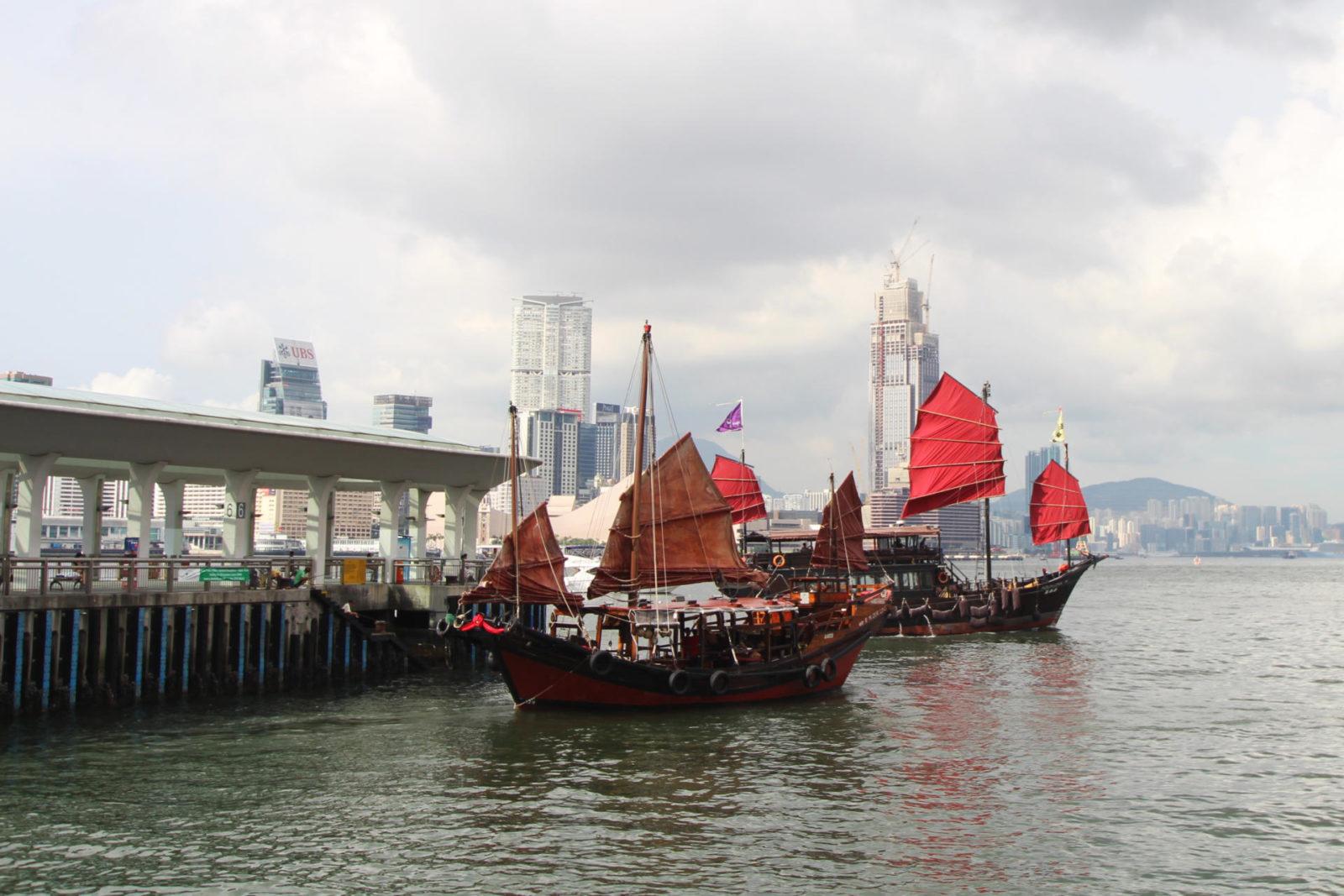 Hong Kong Junk Boats Aqua Luna travel blogger UK