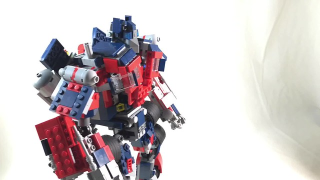 Lego Optimus Prime Transformation (Robot to Truck)