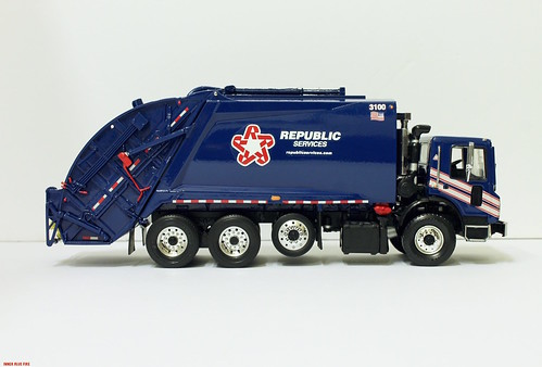 First Gear Republic Services Garbage Truck Custom First