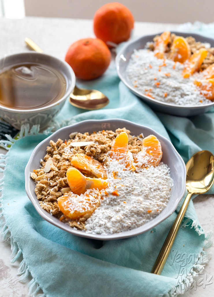 Start your day with this Dreamy Tangerine Chia Pudding, the perfect breakfast bowl! It's simple, delicious and healthy. {VIDEO} #Vegan #Soyfree #veganyackattack