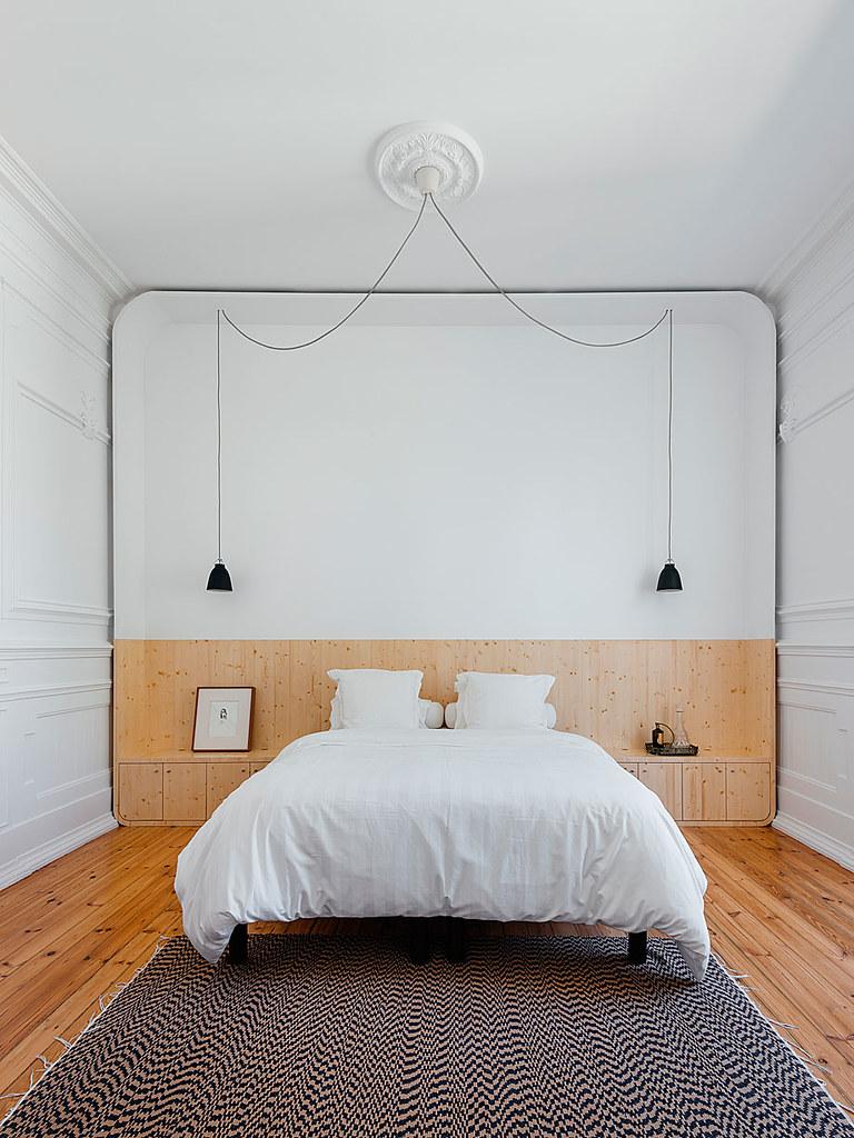 Classic apartment interior in the Lisbon Sundeno_20