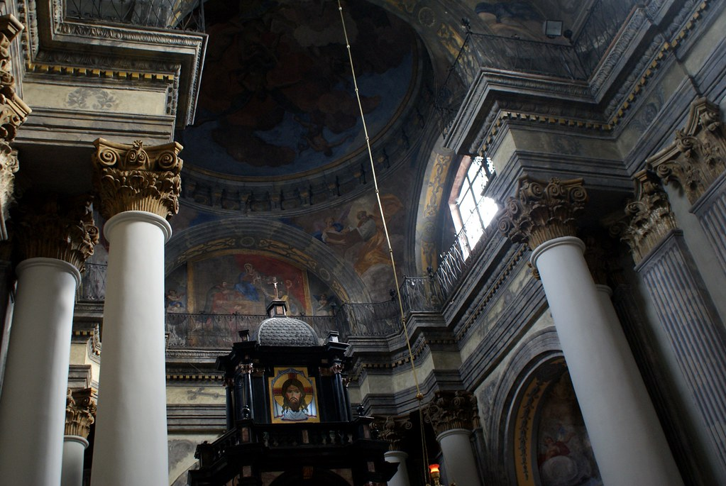 Dans l'église des carmélites à Lviv.