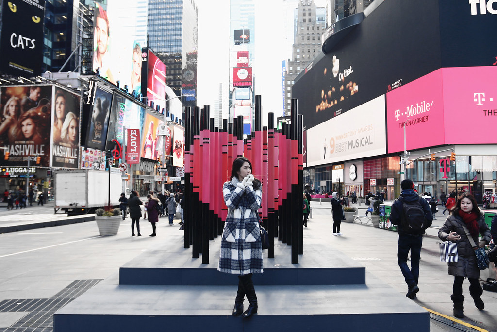 2031-timessquare-nyc-newyork-nyfw-newyorkfashionweek-newyorkcity-clothestoyouuu-elizabeeetht