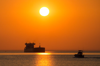 North Shore Trip - August 2015 - MV American Integrity at Sunrise | by pmarkham