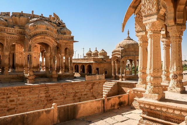 Royal cenotaphs of Maharajas in Bada Bagh, Jaisalmer, India ジャイサルメール バダ・バーグの王家の墓