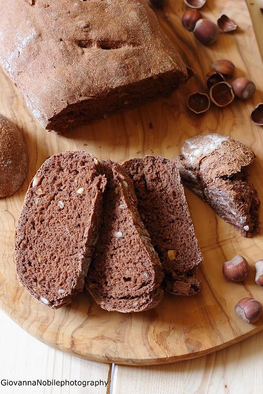 Ricetta dei filoncini integrali di farro al cacao con nocciole e semi di girasole