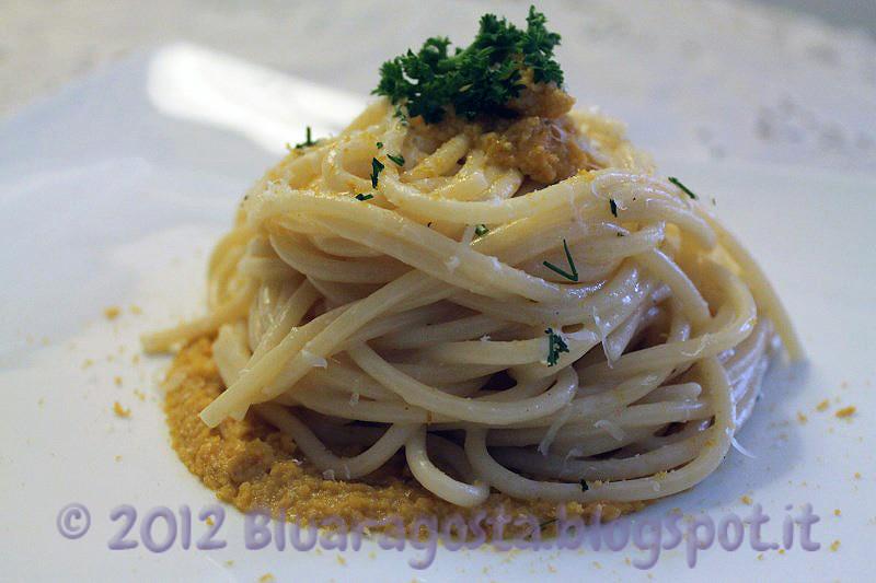 04-spaghetti cacio, pepe, ricci di mare e bottarga