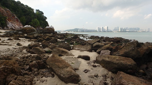 Rocky shores of Pulau Tekukor