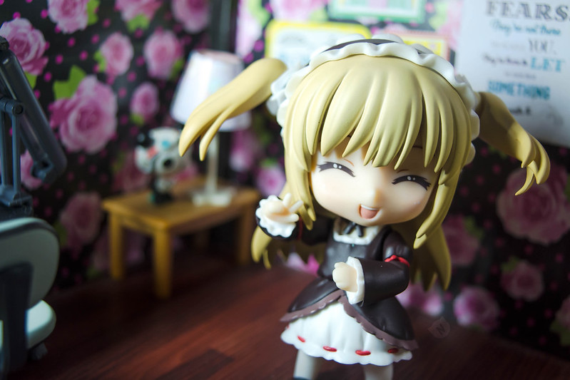 Kobato: You didn't say you were taking pictures, so here a wonderful pose :P