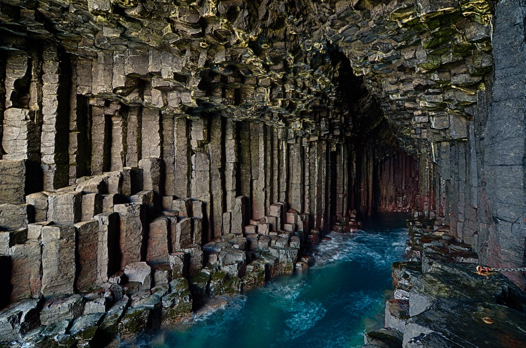 fingals cave fingal�s cave on the island of staffa