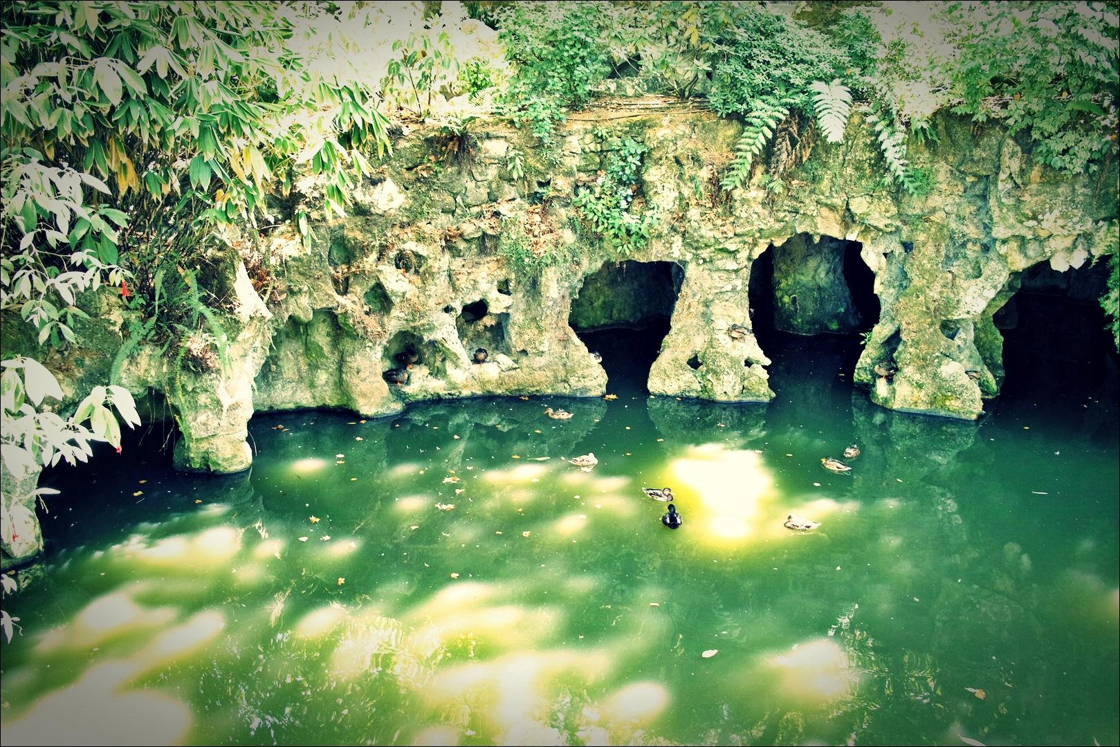 호수-'헤갈레이라 별장(Quinta da regaleira)'