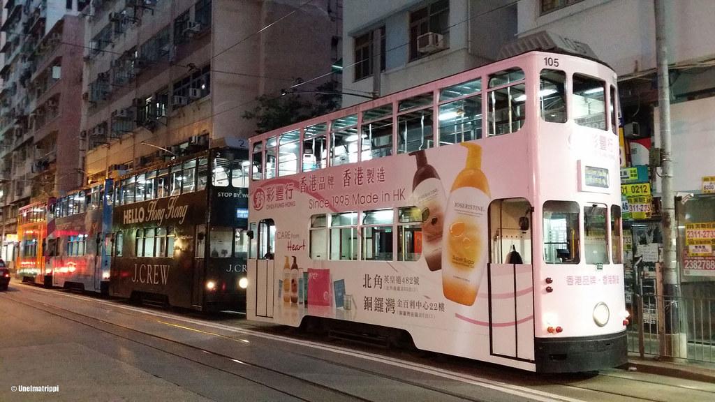 Hongkongin kaksikerroksisia raitiovaunuja