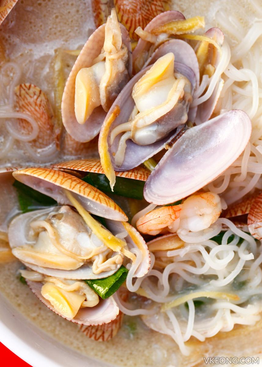Kepong Seafood Lala Noodle