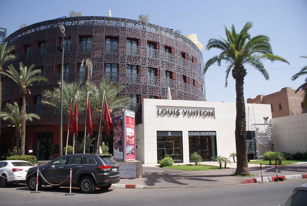 Boutiques de luxe dans le quartier de l'Hivernage à Marrakech au Maroc.