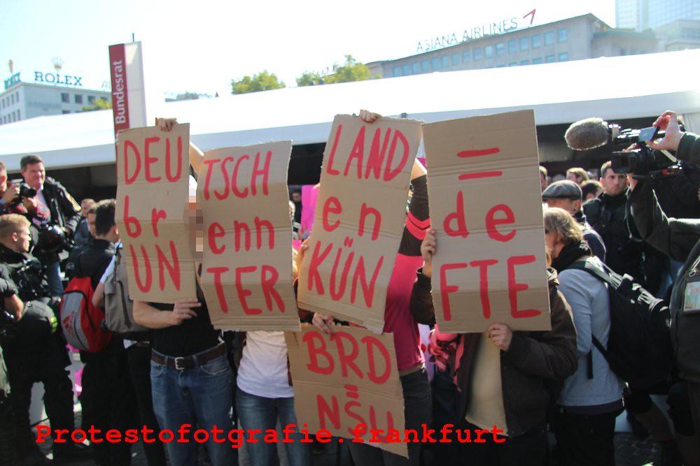 3102015 Frankfurt Proteste Gegen Einheitsfeierlichkeiten Am 3