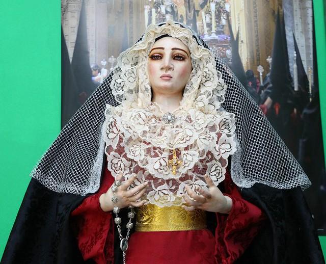 Se vende Virgen de Vestir 22477070007_12ab719920_z
