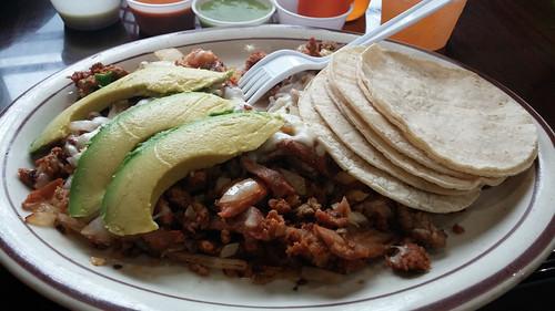Alambres El Fortachon at Taqueria Cuernavaca