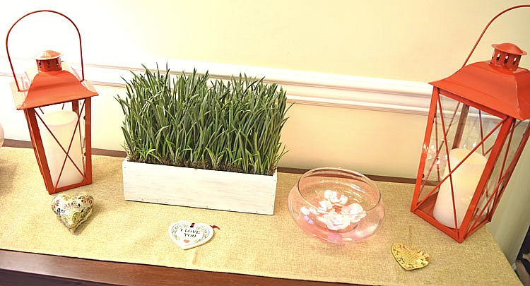 console-table-faux-grass-planter