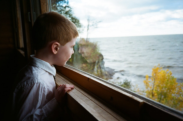1022-17-window