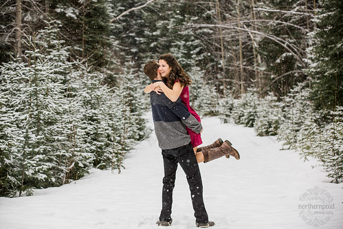 Winter Engagement Session | by Shauna Stanyer (Northern Pixel)