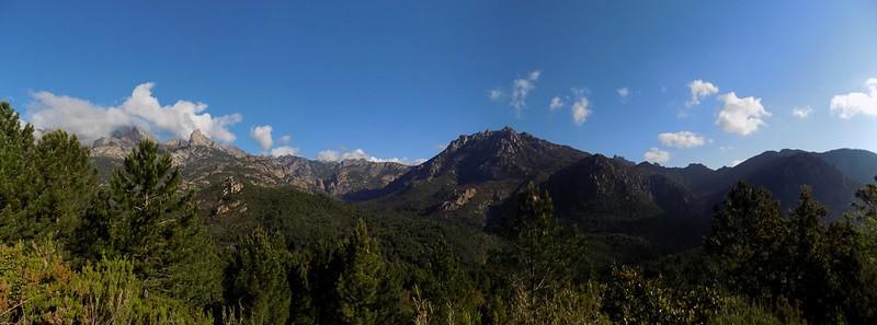 Panoramique depuis le chemin de retour de Quarciteddu (Photo Olivier Hespel)