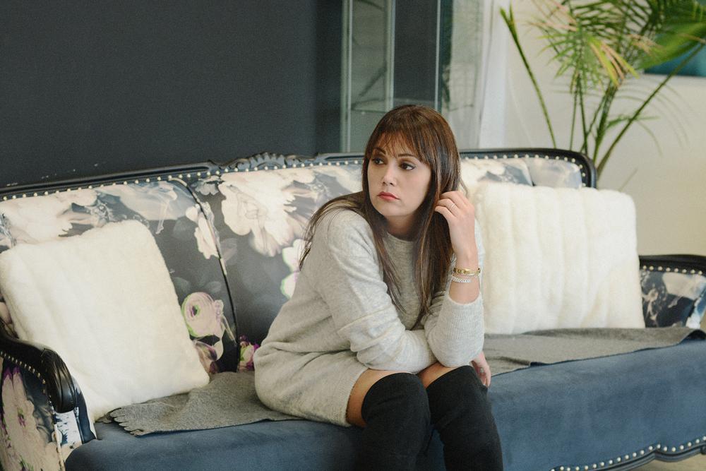 1_aritzia_sweater_dress_black_over_the_knee_flat_boots_steve_madden