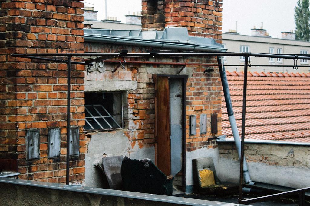 Mnohí ľudia si spájajú Rómov so zlou bytovou situáciou. Ilustračná fotografia: Lucia Tupá
