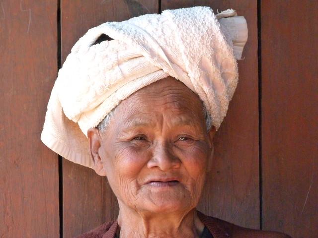 Anciana Pa-O en Kakku (Myanmar)