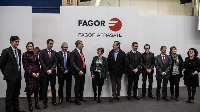Representantes del Gobierno Vasco y de la Diputación Foral de Gipuzkoa visitan la planta de producción de Fagor Arrasate