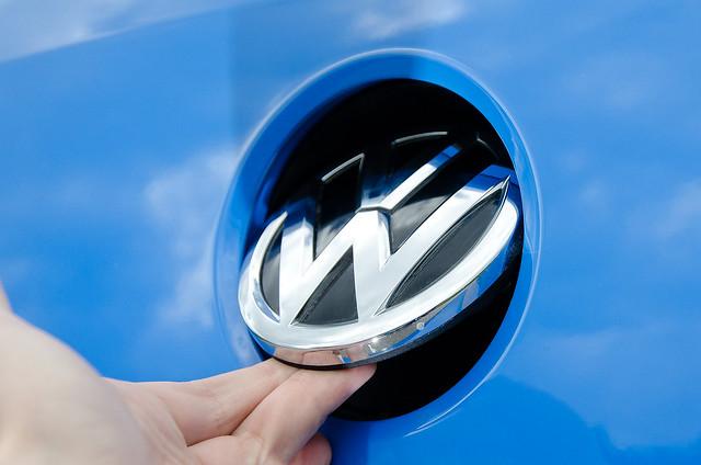 Ручка открытия багажника Volkswagen Polo