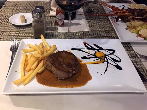 76 - Filete de ternera con salsa de pimienta