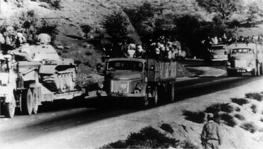 Les FAR durant la Marche Verte 1975 32433456816_22bb73e7b7_o