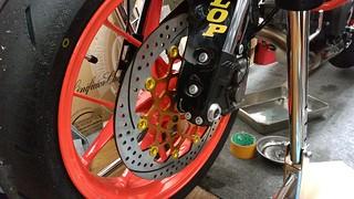 KTM 690 Duke R: New wheel fixed.