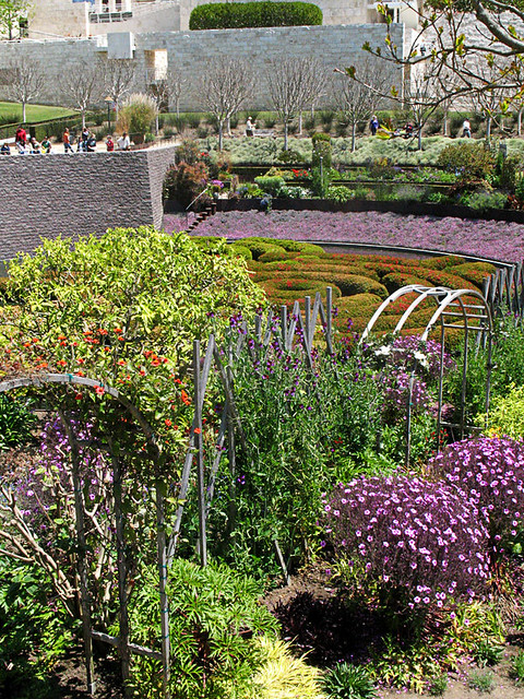 getty center garden facing east tom christensen flickr. Black Bedroom Furniture Sets. Home Design Ideas