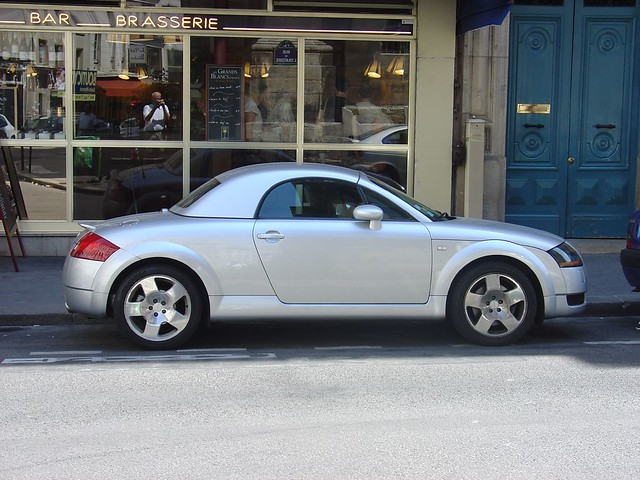 audi tt with removable hard top in paris ted drake flickr. Black Bedroom Furniture Sets. Home Design Ideas