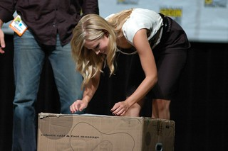 Kristin Bell and a box | by Joits