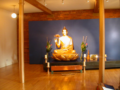 buddhist single men in manchester Taraloka is a women's buddhist retreat centre, founded in 1985 and set in beautiful welsh borders countryside we are part of the triratna buddhist community.
