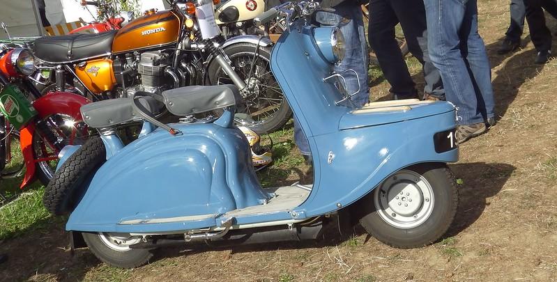 Serie des bleues françaises - Scoutaire 125 Peugeot 1956 21247311125_91f774cc25_c
