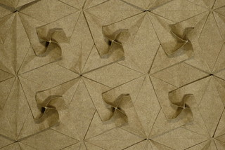 Twisted bird base tessellation (simple molecule) — top-down view | by Michał Kosmulski