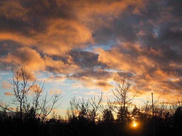 PB268459AmazingPinkSunsetFinland.jpg, Helsinki, Suomi, Finalnd, sunset, auringonlasku, taivas ,sky, värit, colors, view, näkymä, maisema, picture, kuva, photography, upea, kaunis, beautiful, incredible, colors, värit, pink sunset, vaaleanpunainen auringonlasku, valokuvaus, photography, photograph,