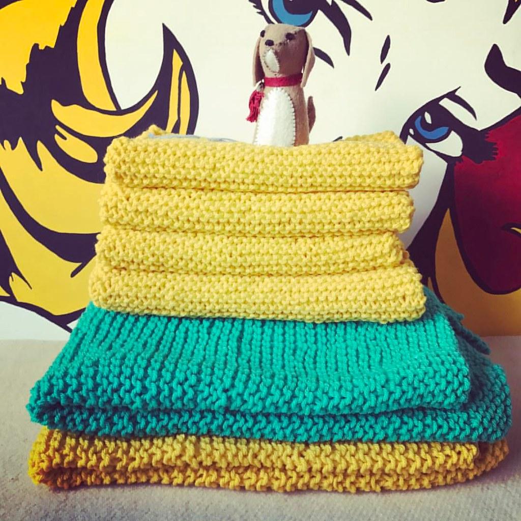 Mantas y pechitos de bebé para donar 😃 En el blog 👆tenés…   Flickr