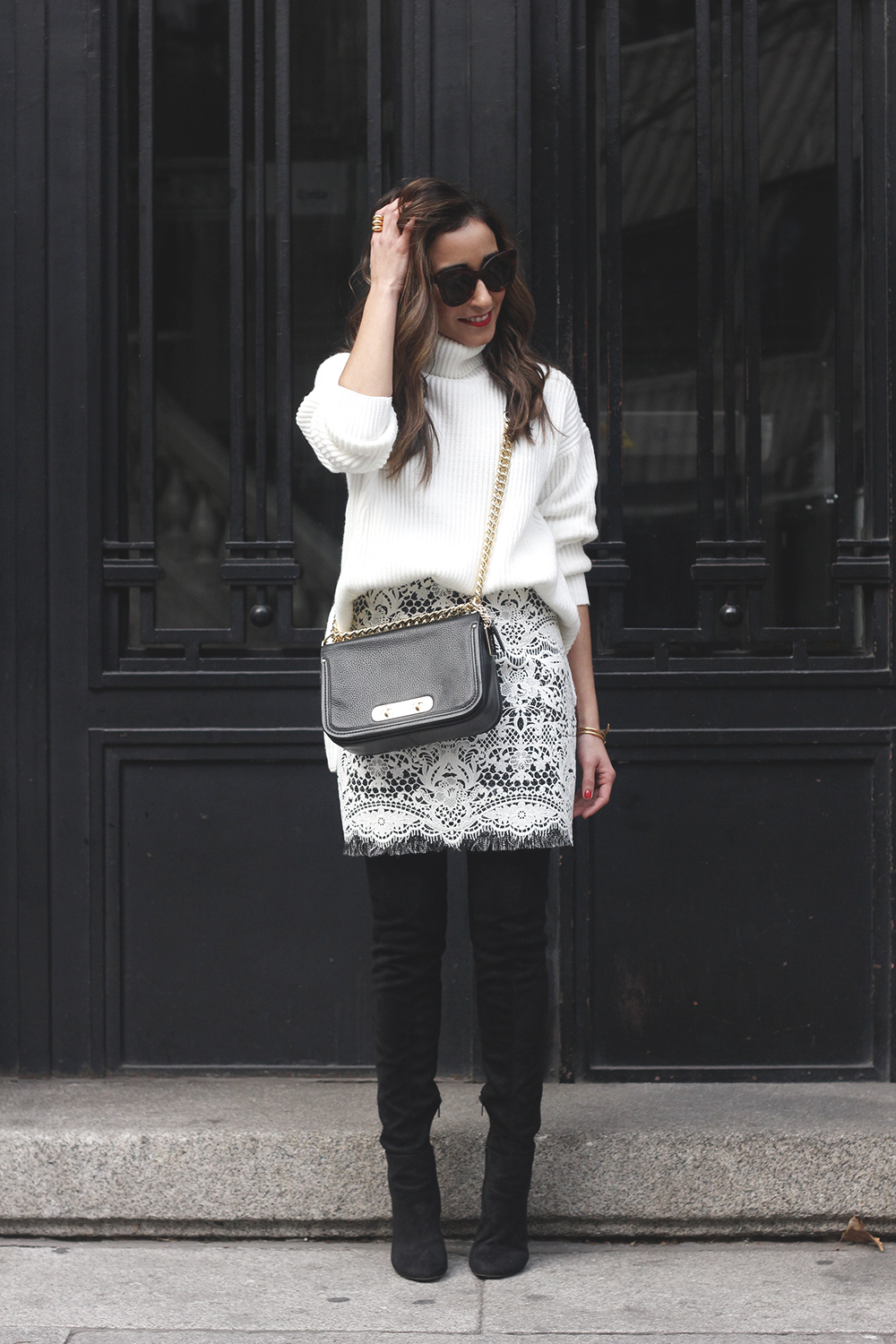 black and white lace skirt over the knee boots white turtleneck jersey outfit style winter03