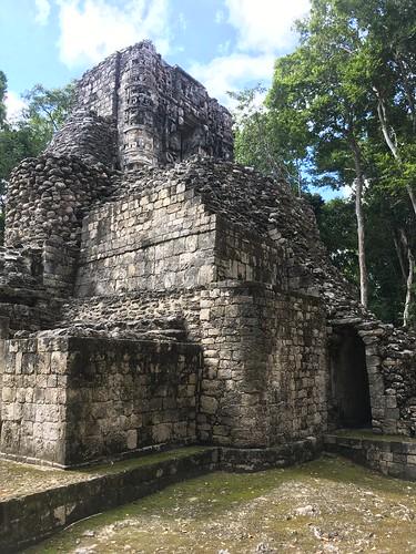 Zona Arqueológica El Hormiguero, Campeche