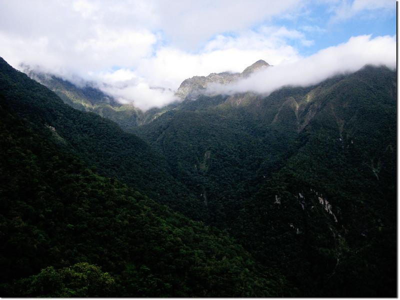 登山途中山景 4