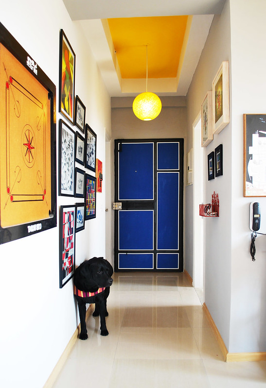 Retro style foyer and entryway