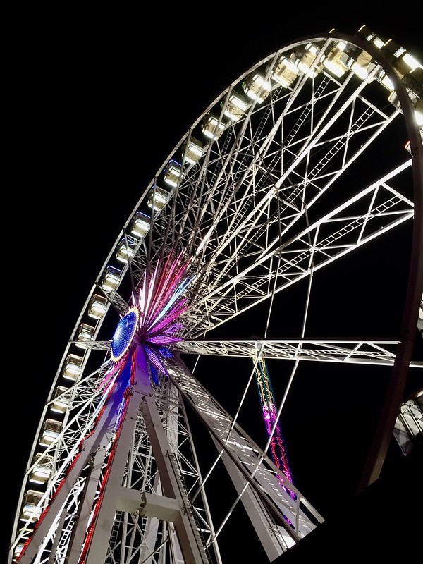 Ferris wheel in the dark