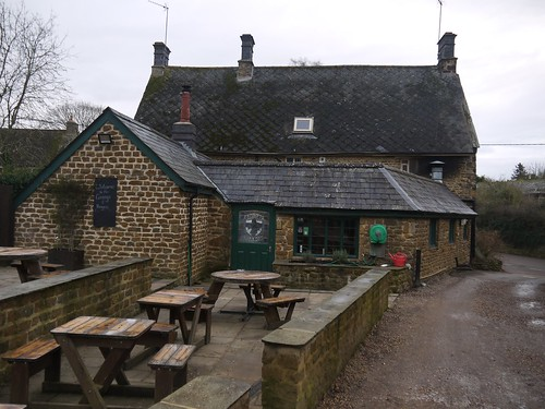 George and Dragon, Chacombe