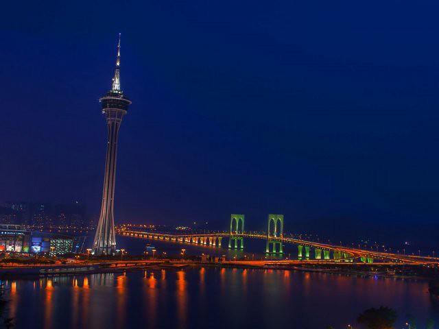 obiective turistice macao tower 1